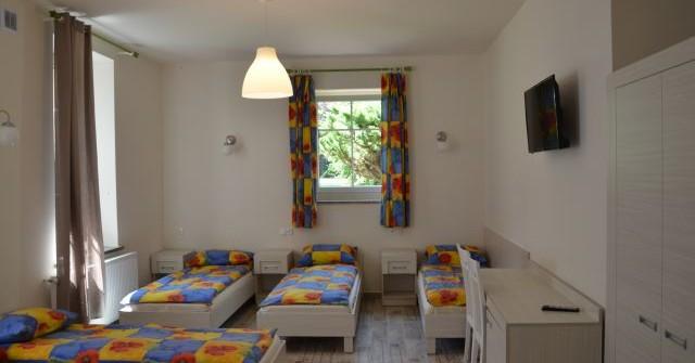 Pokoje 5 osobowe z łazienkami